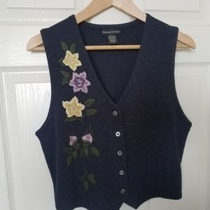 Banana Republic tapered M wool vest embroidered